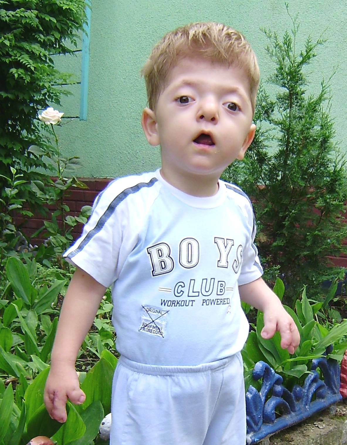 http://reecesrainbow.org/wp-content/uploads/images/jonah-1-cropped.jpg