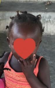 selah fingers cropped heart on face